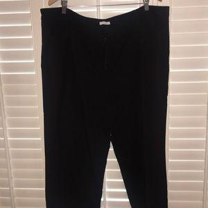 Pants - Black dress pant - Capri